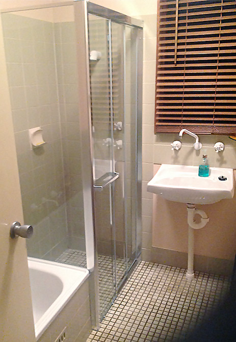 showerscreen-clarke Another Showerscreen Upgrade, Another Happy Customer